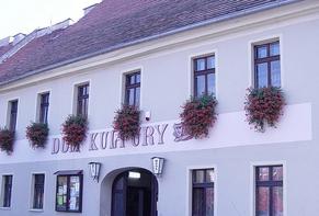 dom kultury w Lewinie Brzeskim