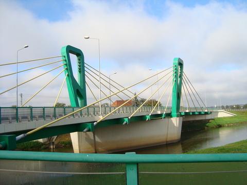 most w Skorogoszczy.jpeg