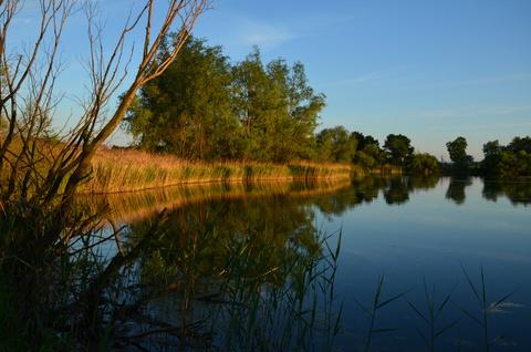 żwirownia, zbiornik wodny w Ptakowicach.jpeg
