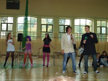 Europejski Dzień Języków 2010- Gimnazjum w Lewinie Brzeskim