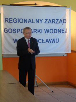 Uroczystość wbicia kamienia węgielnego pod inwestycję Poprawa ochrony przeciwpowodziowej Lewina 1 - Prezes KZGW