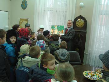 Wizyta dzieci u Burmistrza