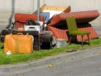 śmieci wielkogabarytowe