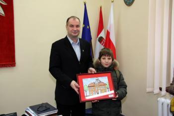 Dzieci ze Świetlicy Terapeutycznej z wizytą u Burmistrza