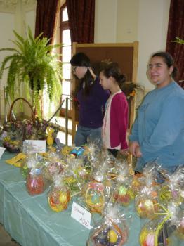Gimnazjalny kiermasz Wielkanocny
