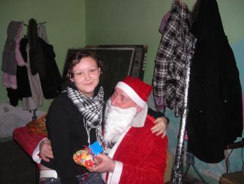 Miło posiedzieć u Mikołaja na kolanach:-)