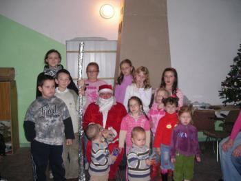 Wspólne zdjęcie ze św. Mikołajem
