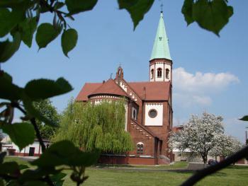 Kościół w Lewinie Brzeskim