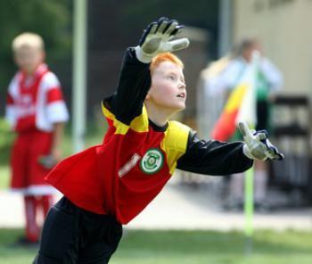 Turniej piłkarski w Lewinie Brzeskim1
