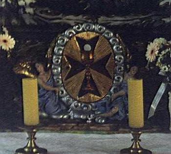 Krzyż Maltański w kościele w Łosiowie