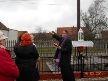 Galeria Poświęcenie ogrodzenia przy krzyżu, 16. 03. 2014