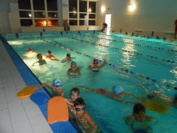 Galeria Nauka pływania na półmetku!