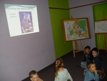 Galeria EUROPA PEŁNA BAŚNI – czyli pierwszaki w bibliotece.