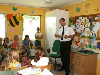 25.06.07 spotkanie z policjantem