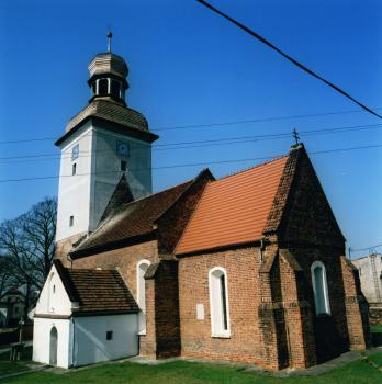 Strzelniki bryła kościoła