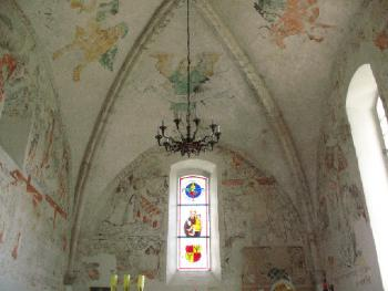 Wnętrze koscioła św. Antoniego w Strzelnikach