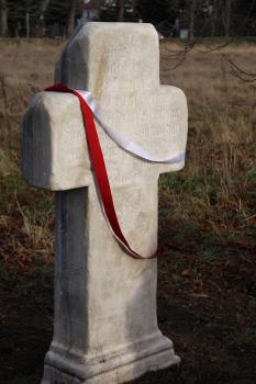 Renowacja krzyża pokutnego