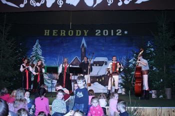 Góralska Kapela z Ujsoł - koncert na Wojewódzkim Przeglądzie Zespołów Kolędniczych HERODY 2012