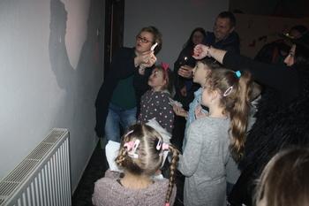 """Galeria """" Buszyce na nowo"""" witają Nowy Rok."""