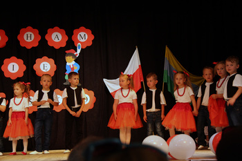 Galeria Przedszkole Publiczne nr 2 w Lewinie Brzeskim - Kocham cię Polsko