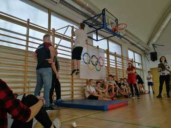 Galeria MIKOŁAJKOWY TRÓJBÓJ SIŁOWY W ŁOSIOWIE z wicemistrzem olimpijskim