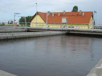 Oczyszczalnia ścieków BIOCOS w Lewinie Brzeskim 1