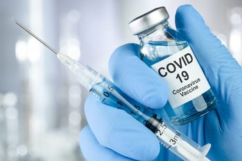 Szczepionka-przeciw-koronawirusowi-695x462.jpeg