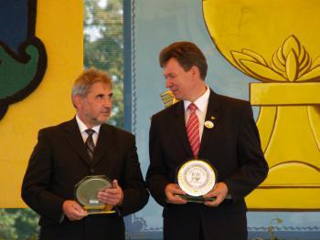 Wręczenie srebrnych medali Samorządu Rolniczego