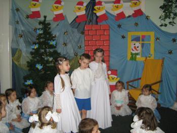 Mikołaj w Przedszkolu nr 2 w Lewinie Brzeskim