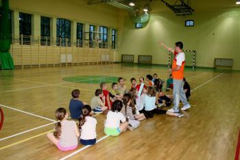 zawody sportowe sala gimnazjum