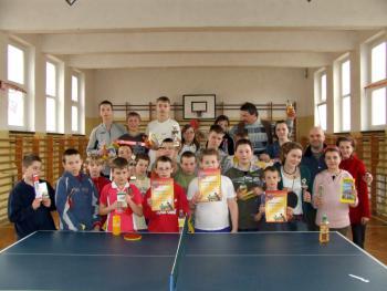 Turniej tenisa stołowego w Łosiowie