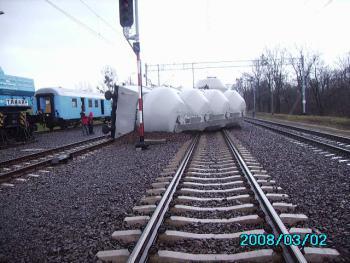 Wykolejony wagon