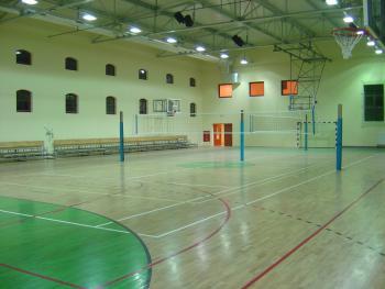 sala gimnastyczna w Lewinie  - wnętrze