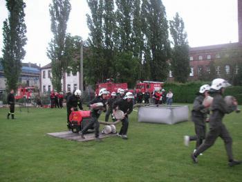 Zawody sporotowo - pożarnicze w Lewinie 2006