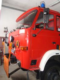 wóz bojowy OSP w Lewinie Brzeskim